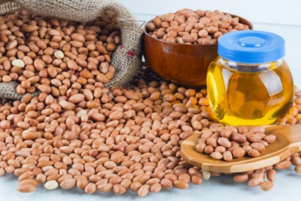 Oilseeds down on weak global cues